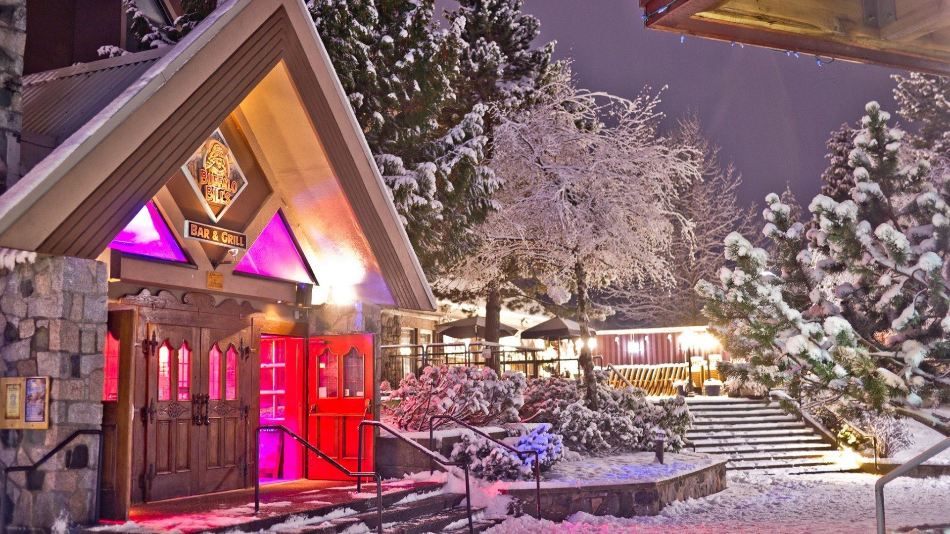 best nightclubs and party in whistler